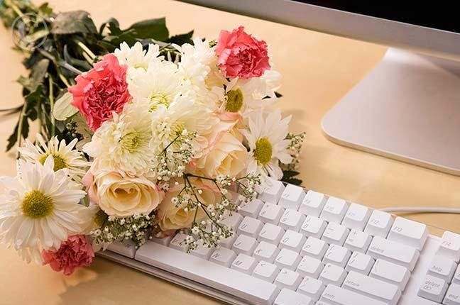 Reasons why you should purchase flowers online